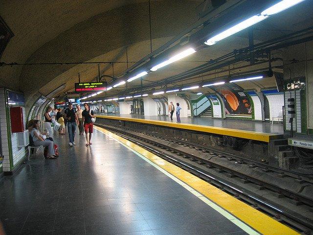 Cele mai tari 11 metrouri din lume madrid