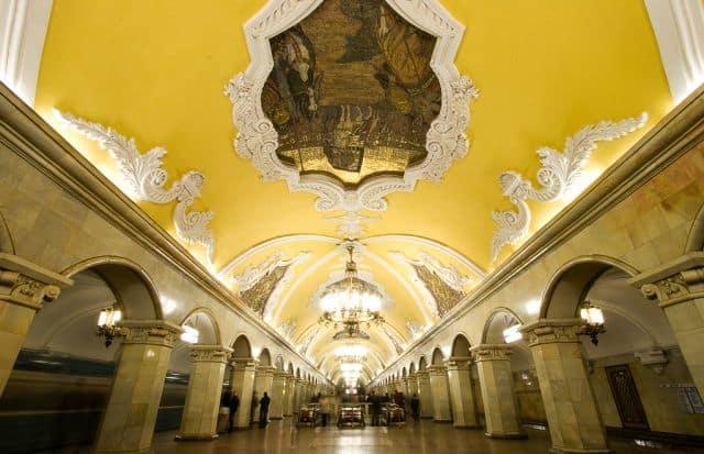 Cele mai tari 11 metrouri din lume moscova