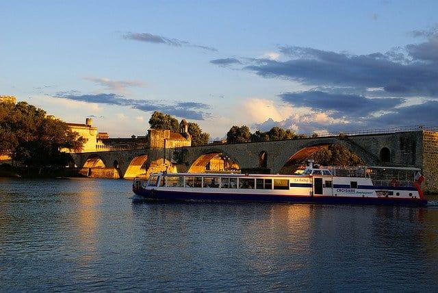 10 lucruri pe care le poti face in Provence (1) avignon