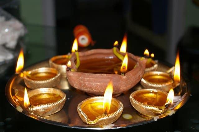 Festivalul Diwali din India si Nepal  diwali1