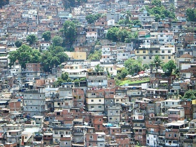 Top 10 locuri in care s-au filmat pelicule celebre (2) rio favela