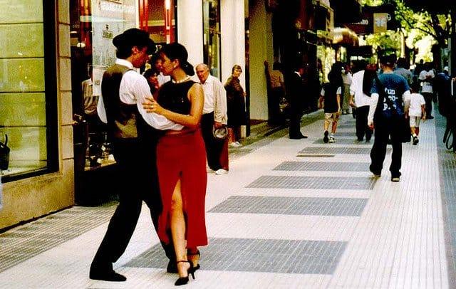 10 lucruri gratis de facut in Buenos Aires tango