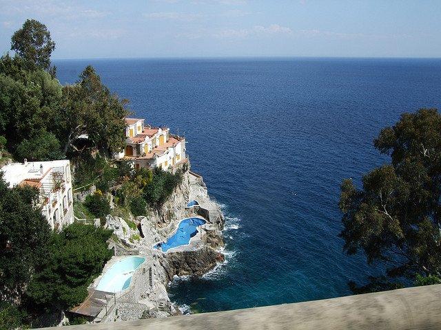 Ghid de calatorie pe Coasta Amalfi amalfi4