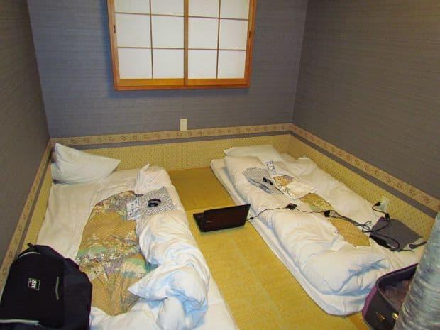 ryokan Ryokan-urile – hoteluri traditionale japoneze ryokan kangetsu 1