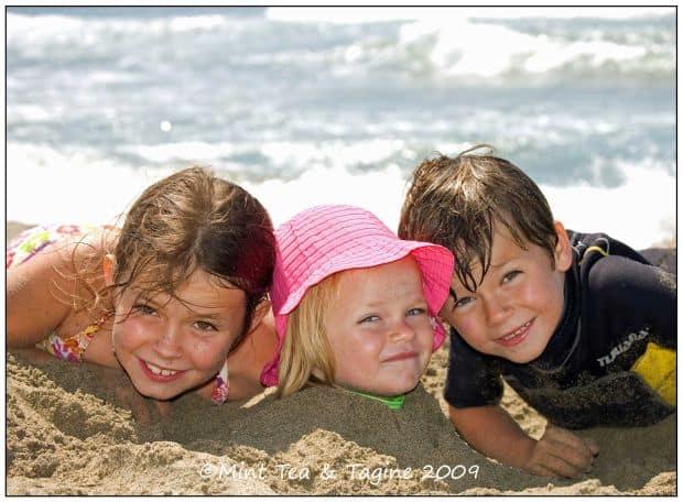 Sfaturi pentru calatoria cu copiii kids plaja