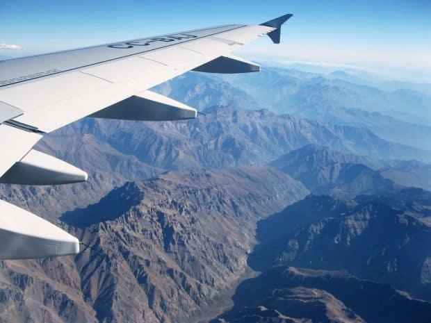 Cum sa faci fotografii de la fereastra avionului photoplane