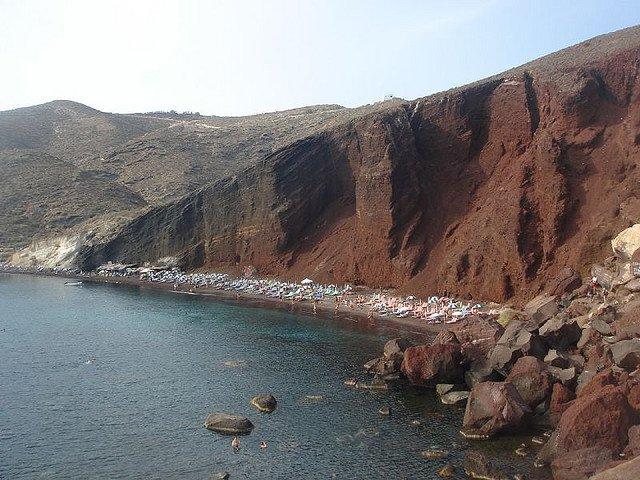 santorini Insulele grecesti: Santorini red beach