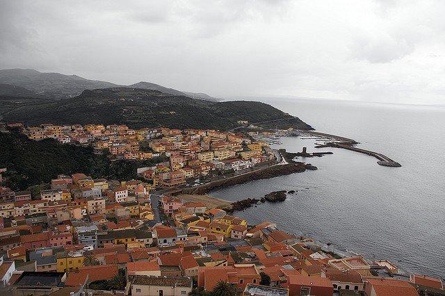 7 destinatii de top din Italia pentru luna de miere sardinia