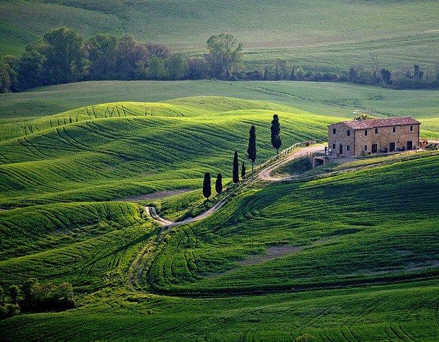 7 destinatii de top din Italia pentru luna de miere toscana 1