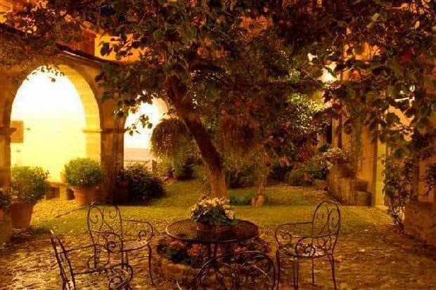 Cele mai bune restaurante traditionale din Sardinia Antica Dimora del Gruccione