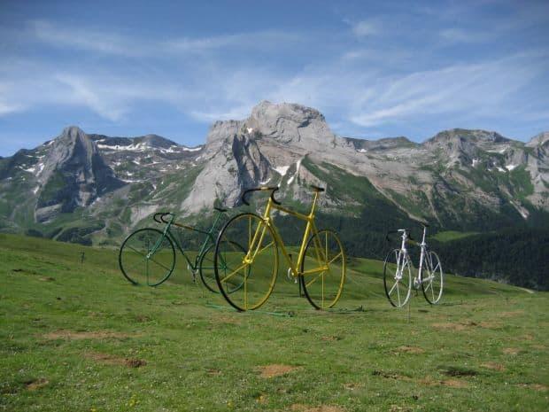 5 destinatii europene pentru aventurieri Col de lAubisque