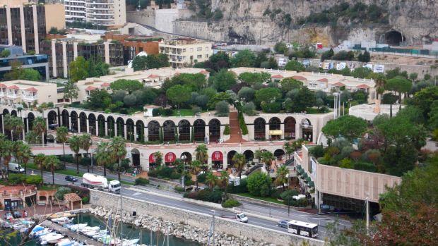 Mall-uri pe Riviera franceza Centre Commercial de Fontvieille1