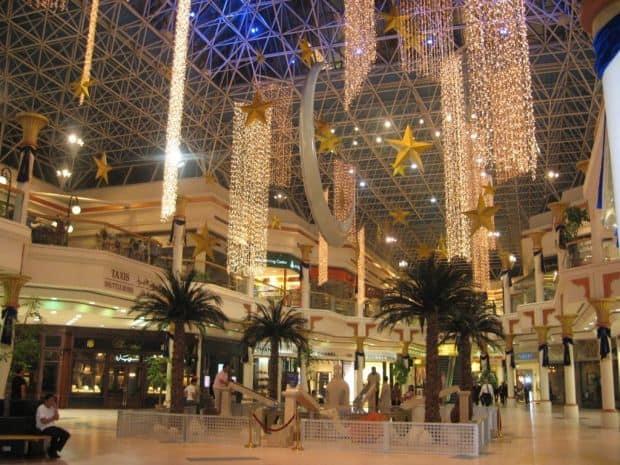 Cele mai tari atractii turistice din Dubai dubai mall