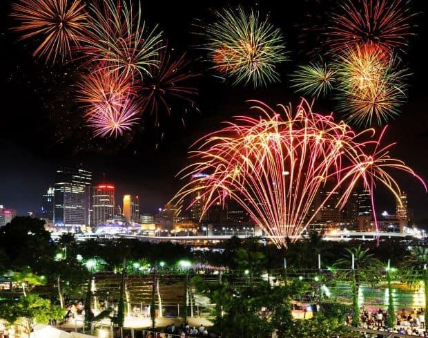 Cum sa fotografiezi focurile de artificii artificii6