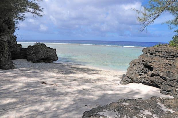 5 evadari pe insule tropicale atiu