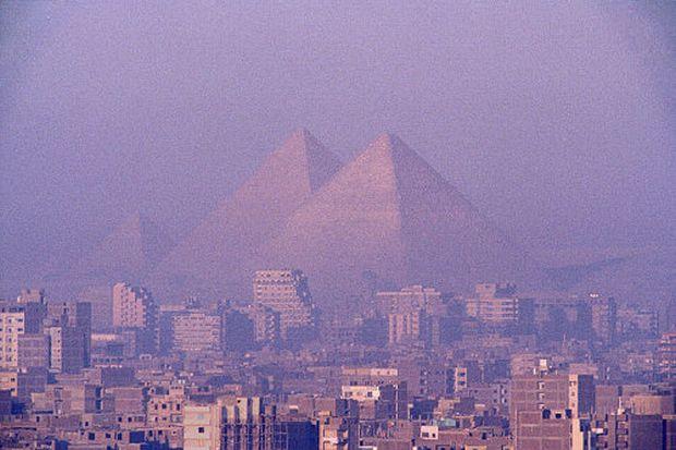 Opt mituri despre piramidele din Egipt giza