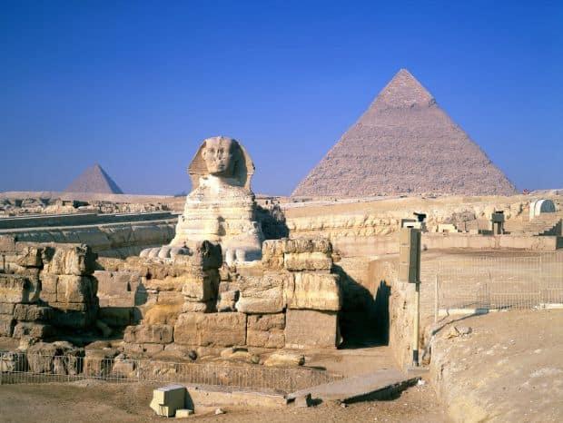 Opt mituri despre piramidele din Egipt piramide1