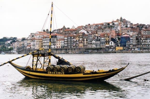 Porto, nestemata ascunsa a Portugaliei douro