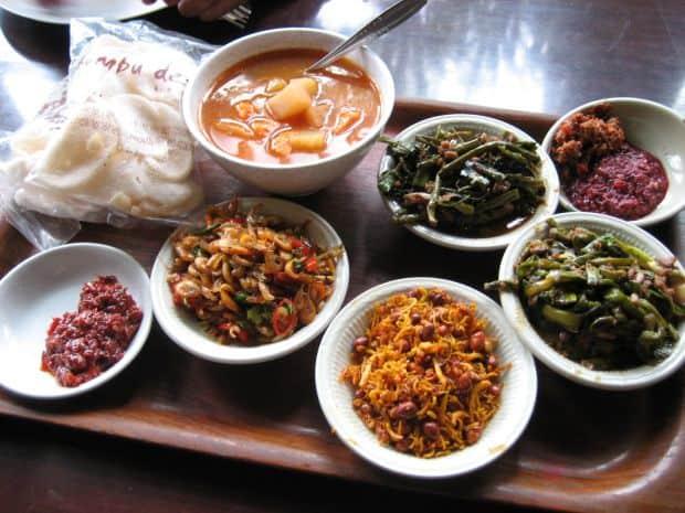 Top 10 tari din punct de vedere gastronomic indonezia