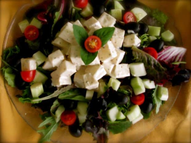 Top 10 tari din punct de vedere gastronomic salata greceasca