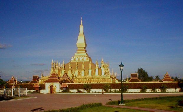 Laos, intr-o saptamana That Louang Vientiane