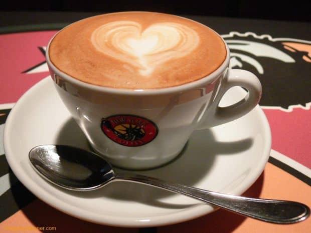 5 ponturi pentru a manca excelent la Roma cappucinno