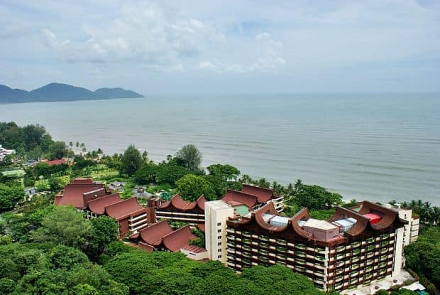 Top 10 locuri de vazut in Malaezia cu bani putini Batu Feringgh