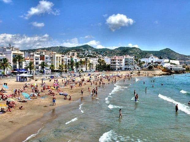 Plajele din Barcelona Platja de Sant Sebasti