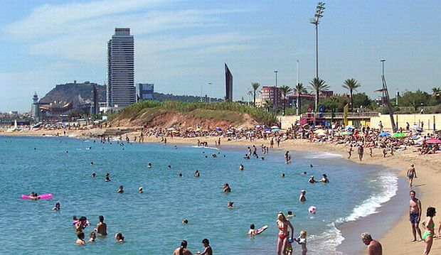 Plajele din Barcelona Platja de la Mar Bella