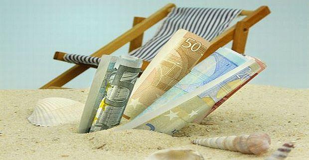 4 greseli legate de cheltuielile de vacanta bani
