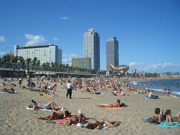 Plajele din Barcelona barceloneta1