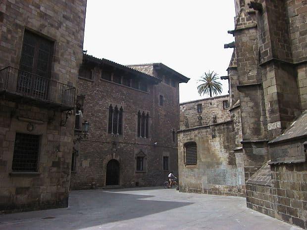 barcelona Top 10 lucruri de vazut in Barcelona barri gotic
