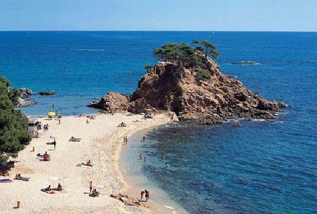 Plajele din Barcelona costa brava