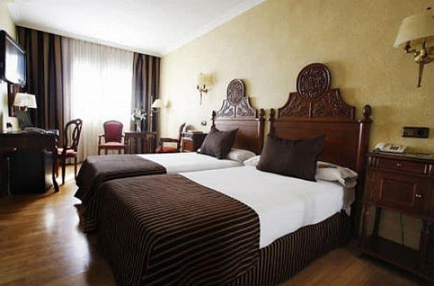 Hoteluri in Barcelona hotel pere iv