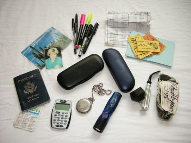 Lista articolelor esentiale de calatorie travel esentiale