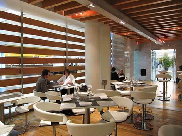 Cele mai bune restaurante din aeroporturi One Flew South