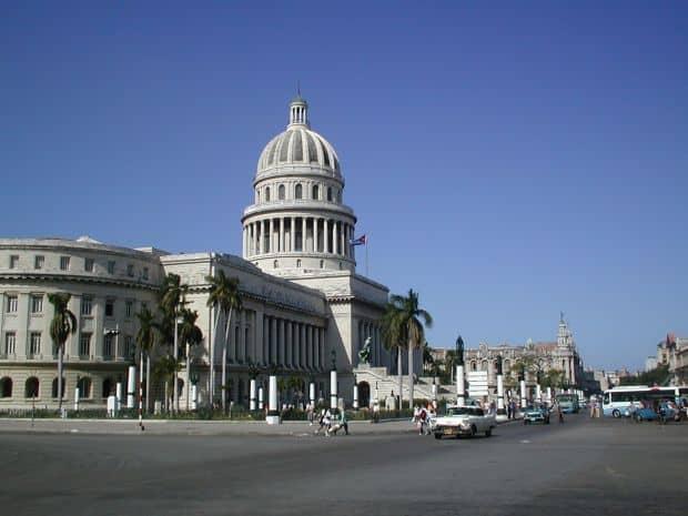Opt locuri spectaculoase de vizitat in Cuba Opt locuri spectaculoase de vizitat in Cuba capitolio