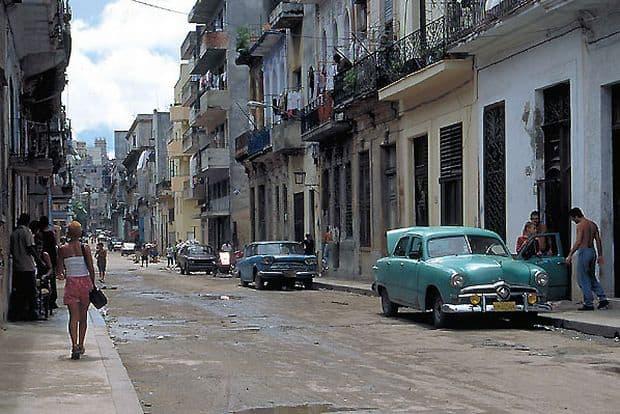 Opt locuri spectaculoase de vizitat in Cuba Opt locuri spectaculoase de vizitat in Cuba havana old