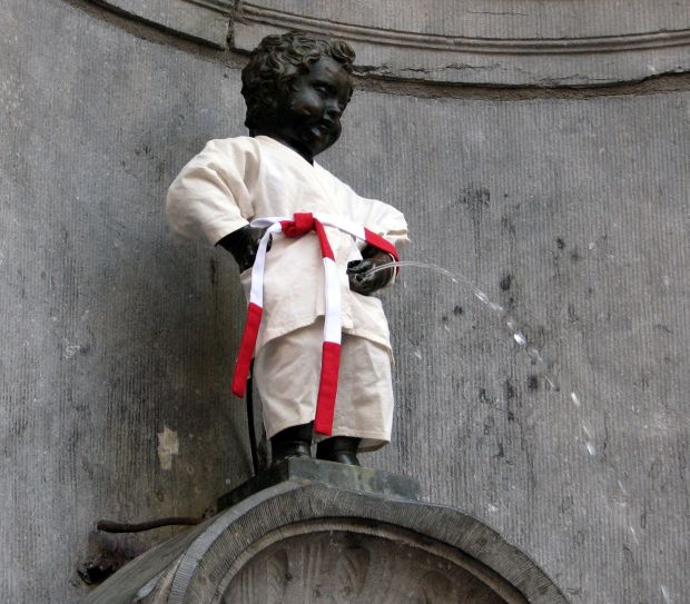 Bruxelles - o vacanta in inima Europei Bruxelles - o vacanta in inima Europei manneken pis