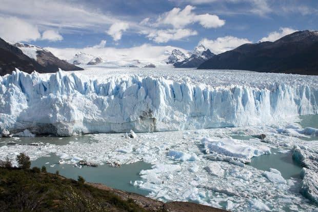 Perito Moreno, un pod de gheata Zece dintre cele mai frumoase poduri din lume perito moreno