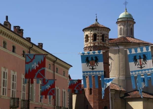 Asti, orasul celor 1000 de turnuri Asti, orasul celor 1000 de turnuri corso asti