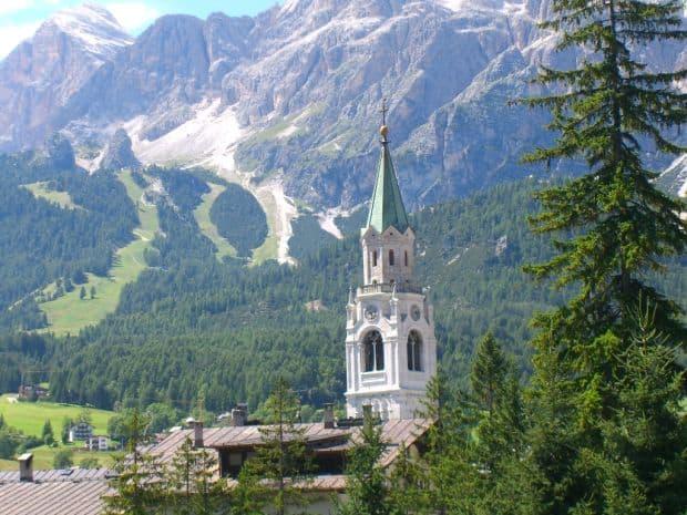 Cortina d'Ampezzo - schi si eleganta italiana Cortina d'Ampezzo - schi si eleganta italiana cortina3