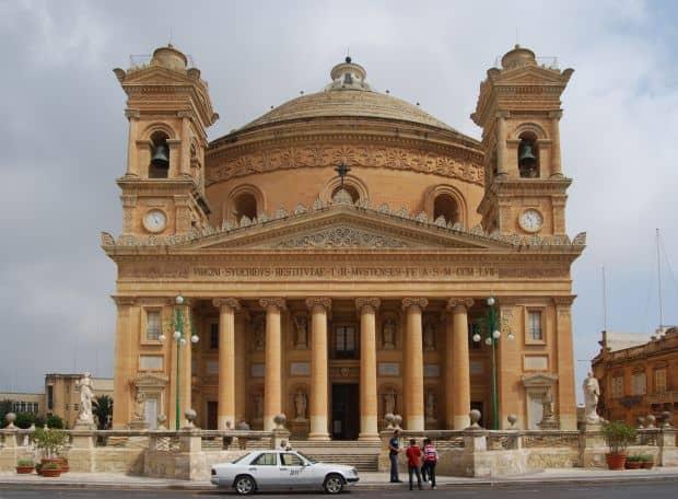 Soare si distractie in Malta Soare si distractie in Malta mosta