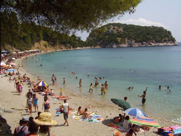 Insulele Greciei: Andros, soare si cultura andros3