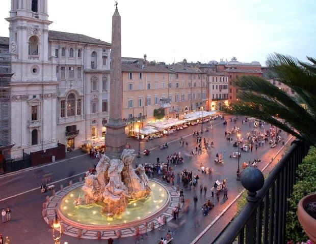 roma Cartierele Romei navona
