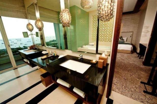 Cele mai scumpe camere de hotel din lume Apartamentul Chairman Marina Bay Sands