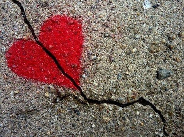 10 destinatii pentru inimile zdrobite broken heart