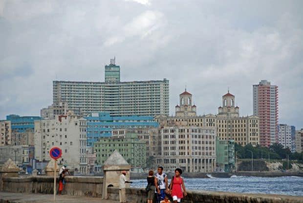 Havana - mini ghid turistic malecon