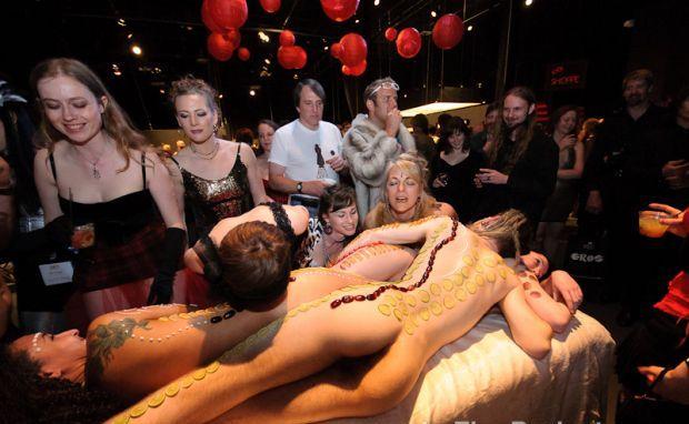 10 festivaluri cu tenta erotica din intreaga lume seattle erotic