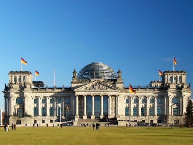 Berlin Berlin - 5 argumente pentru un turist curios Reichstag